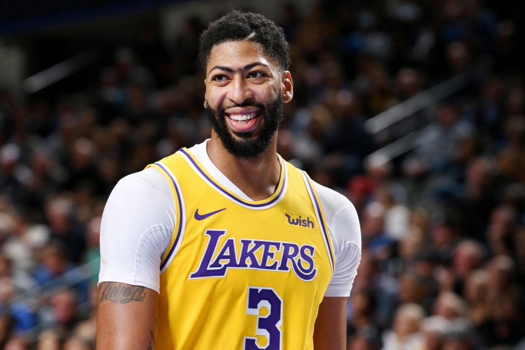 Lakers to miss Davis' service for a month